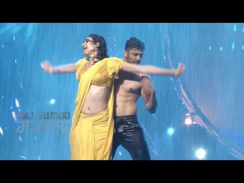 Xxx Mp4 Hot Karishma Tanna Navel Show Seductive Rain Dance 3gp Sex