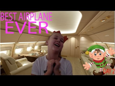 BEST AIRPLANE EVER! - Vlogmas day 2!