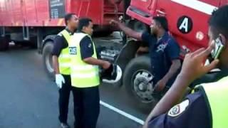 India Vs Polis Malaysia ( Kurang Ajar Polis ).mp4