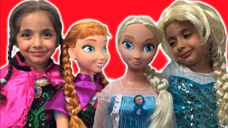 Frozen Elsa And Anna In Real Life Movie – GIANT DOLLS DRESS UP + Anna's Birthday + Lego Castle Toys