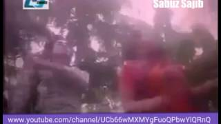 পপির পাছাতে শাকিব খানের লাত্থি! - Bangla movie funny fight scene