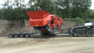 the Movie: Unloading Terex-Finlay Monster Machine