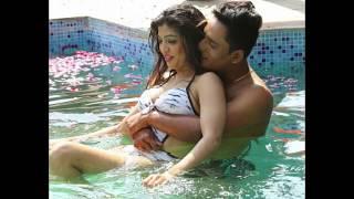 actress ashi tiwari give hot scene in swimming pool