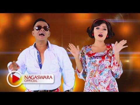 Siti Badriah - Sama Sama Selingkuh (Official Music Video NAGASWARA) #music