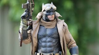 Hot Toys 1:6 Scale Knightmare Batman Figure Review!!