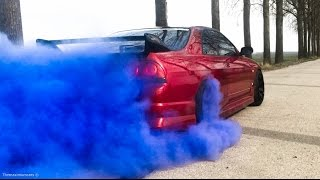 Nissan Skyline R33 - MASSIVE BURNOUT & FLAMES!