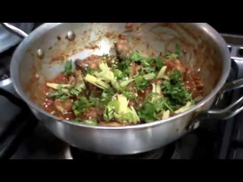 Chicken Karahi: Pakistani Cuisine
