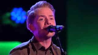 The Voice 2014 Blind Audition   Taylor Phelan  'Sweater Weather'