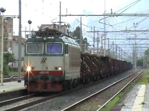 Treno merci speciale