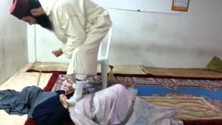 عائلة الجن داخل فتاة مسحورة مع الراقي المغربي عادل وفيد