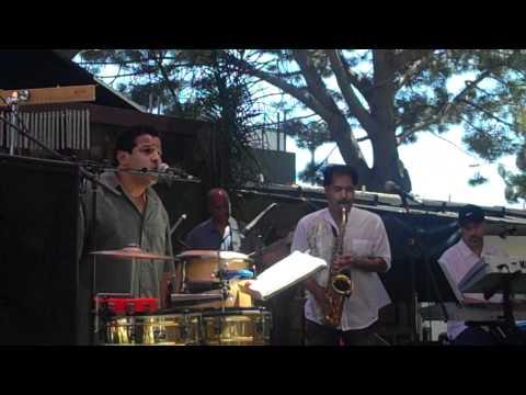 Xxx Mp4 Lakin S Percussionist Dad Dio Saucedo Sings Al Jarreau S Mornin With Michael Paulo On Sax Mp4 3gp Sex
