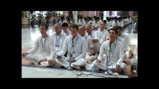 Vedam Chanting by the European Veda Union Group