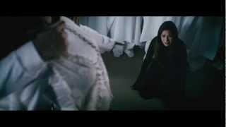 Struck by Jennifer Bosworth - book video trailer