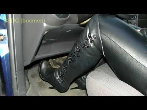 pedal pumping in thigh platform boots.m2ts
