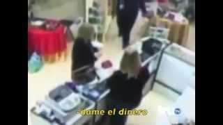 Mujer reprende a Ladron IPUH