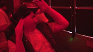 Stephen King's IT Loser Club Reacts to Virtual Reality