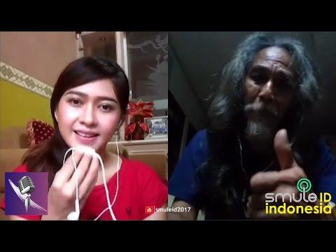 JEMPOL DAH !!! GADIS CANTIK INI TERPESONA DENGER SUARA MERDU KAKEK LEGEND