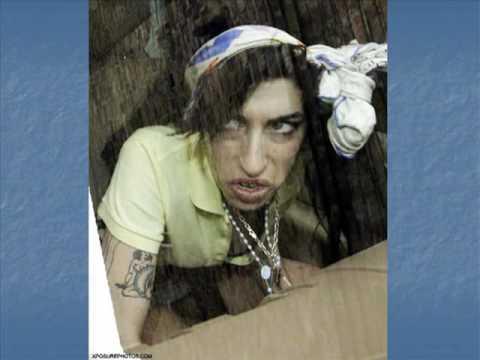 Amy Winehouse antes e depois das drogas