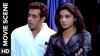 How to fake love ? | Salaam-e-Ishq | Movie Scene