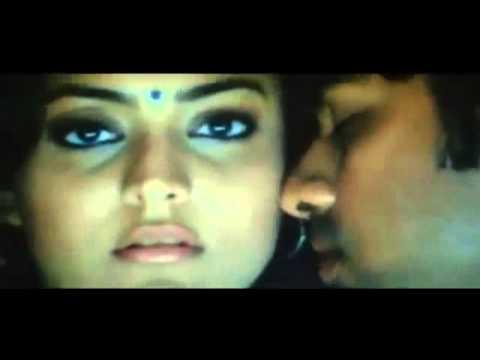 Indian girl hot scene at internet cafe