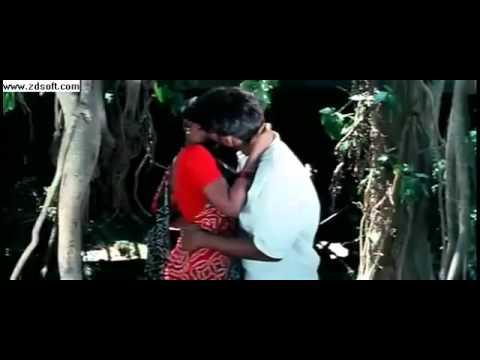Hot young tamil actress lip kiss From Kadhal Kadhai