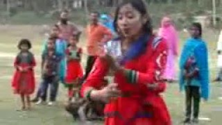 A Bangladeshi sweet girl dance 2016