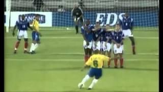 Roberto Carlos - The Banana: Best Football Free Kick Goal Ever Scored (Brazil vs France)