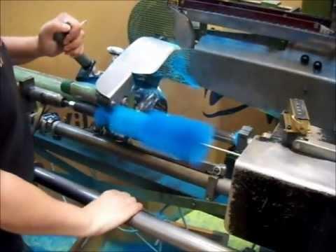 Brush Twist in Machine Bürsteneindrehmaschine Zahoransky