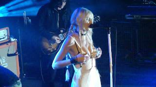The Pretty Reckless - Zombie live in Paris by Emii