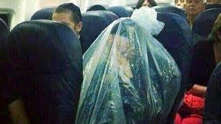 Orthodox Jew Plastic Bag Photo Going Viral