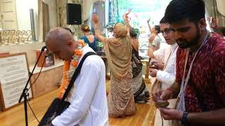 Moscow kirtan by indian prabu