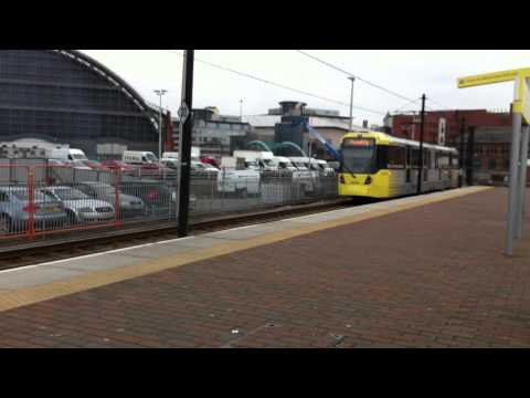Manchester Trams 1008 & 3008 - Old & New