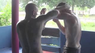 Muay Thai Boran Reflex Training by, Muay Chaiya Peter (som sanchatayan)