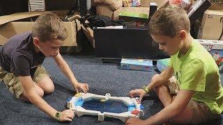 Twin vs Twin:  Hydro Strike! Family Fun Game for Kids