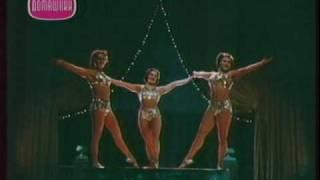 Circus women trio -fragment show Arena smelih (1953)