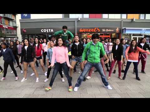 UK's Biggest Bollywood Flash Mob in Wembley Central