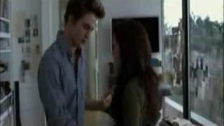 Bella and Edward (Twilight) - Broken