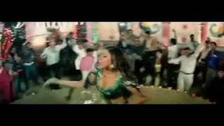 YouTube - Raja Hasan and Sunidhi Chauhan song for the movie Bhavnao ko Samjho.flv