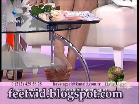 İclal Aydın turkish celebrity feet
