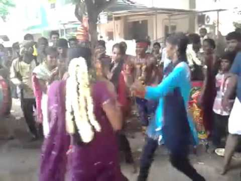 WhatsApp funny Tamilnadu village girls are dancing rock