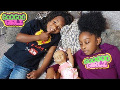 Xxx Mp4 Goo Goo Girl Can't Sleep Learn To Be Considerate With Goo Goo Girlz Pretend Play Skit 3gp Sex