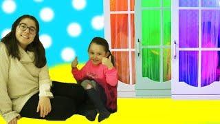 ÖYKÜNÜN ZAMAN MAKİNESİ DOLABI! Barbie doll,toy ice cream Wheels on the bus music Funy kids videos
