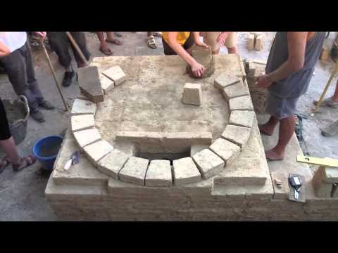 Taller de construcción de horno de adobe