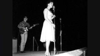 Patsy Cline Singing Crazy