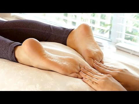 Xxx Mp4 Reflexology Foot Massage For Back And Foot Pain Happy Feet Massage Shoe Review 3gp Sex