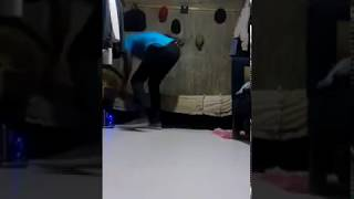 kenyan High school girls twerk