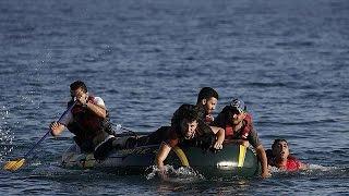 روزانه صدها مهاجر اغلب سوری وارد جزیره کوس یونان می شوند