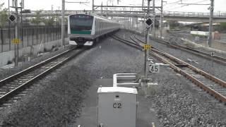 E233系7000番台配給輸送(埼京線)吉川美南駅通過