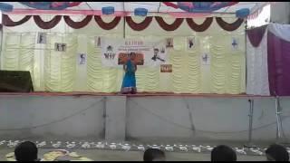 Small school girl best dance