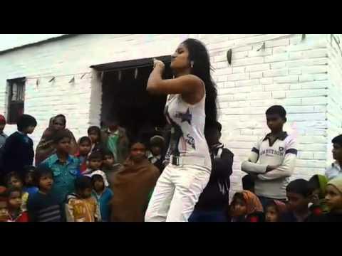 Aayega Maza Ab Barsaat Ka - Andaaz ( 2003 ) songs lyrics